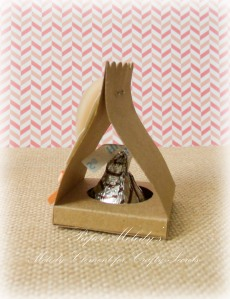 Valentine Hershey's Kiss Holders with Tutorial, by Paper Melody's for Crafty Secrets February Linky Party